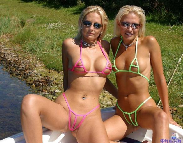 фото в купальниках эро